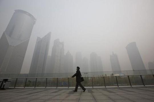 Tình trạng ô nhiễm nghiêm trọng là một trong những nguyên nhân khiến người nước ngoài rời khỏi  Trung Quốc Ảnh: REUTERS