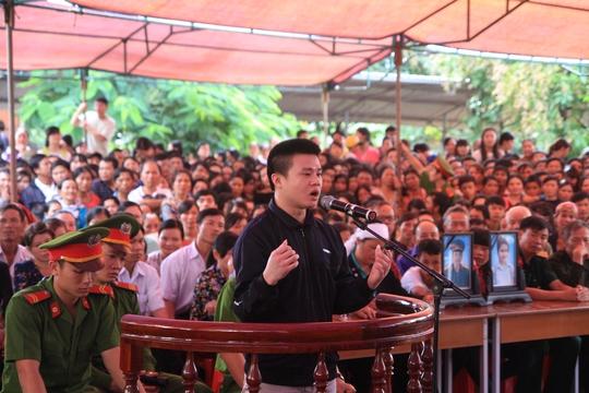 Bị cáo Nguyễn Văn Tiến kể lại quá trình gây án