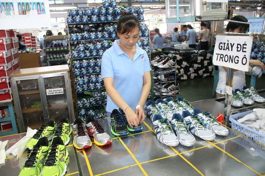 Công nhân Công ty Việt Samho Việt Nam tha thiết mong Quốc hội sửa điều 60 Luật BHXH năm 2014Ảnh: KHÁNH CHI