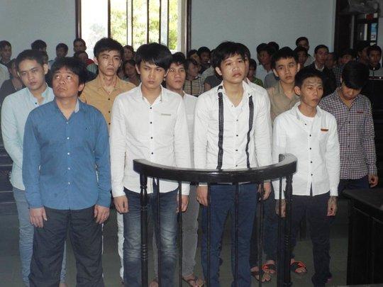 Nhóm người đánh Phó giám đốc Sở GT-VT tỉnh Khánh Hòa