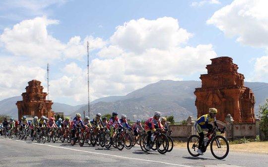 Đoàn đua vào Phan Rang