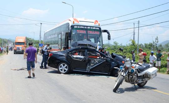 Hiện trường vụ tai nạn làm 7 người chết ở Đà Nẵng ngày 29-4Ảnh: Bích Vân