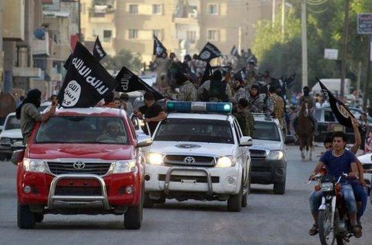 IS kêu gọi những kẻ ủng hộ giết 100 quân nhân Mỹ. Ảnh: Reuters