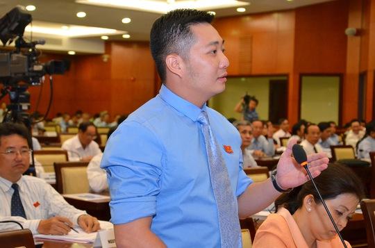 Ông Lê Trương Hải Hiếu được bổ nhiệm, giữ chức Chủ tịch UBND quận 12, TP HCM (Ảnh: Tấn Thạnh)