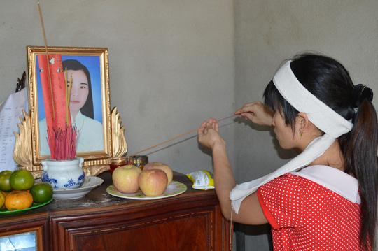 Theo người nhà, chị Tâm đã tự truyền nước vào người để tự tử nhưng không biết có chất gì trong nước