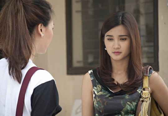 Kim Tuyến trong phim Nỗi buồn có mắt