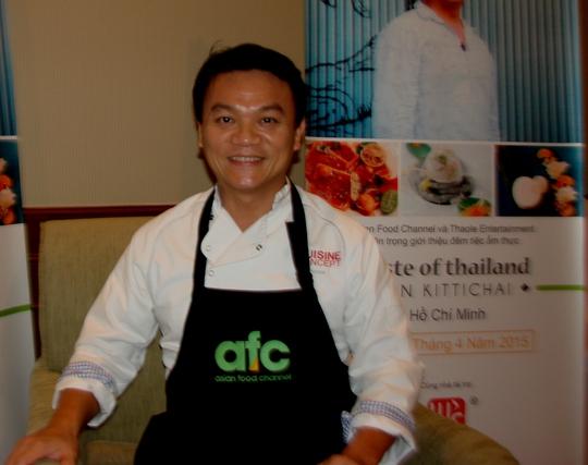 Đầu bếp Ian Kittichai- 1 trong 3 bếp trưởng của chương trình trình 3 bếp trưởng 1 thành phố