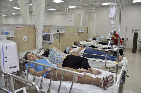 Thêm 23 trường hợp nhập viện vào ngày 27-5