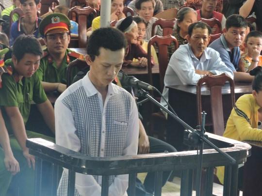 Nguyễn Thanh Tuấn tại phiên xét xử lưu động