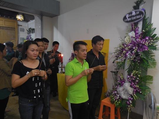 Minh Nhí và các DV khóa 22 xúc động tiễn biệt Đăng Lưu