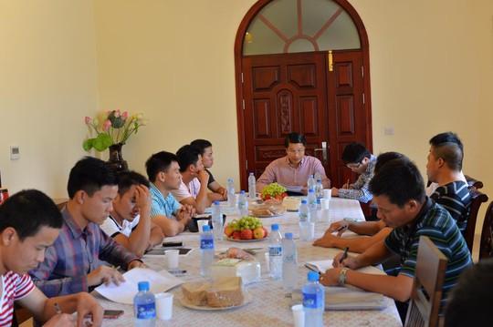 Đại sứ quán Việt Nam tại UAE làm việc với đại diện của toàn bộ các trại lao động bảo vệ từ G1-G5 ngày 2-7
