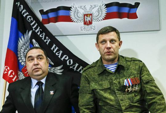 Hai thủ lĩnh Igor Plotnitsky (trái) và Alexander Zakharchenko (phải). Ảnh: Reuters