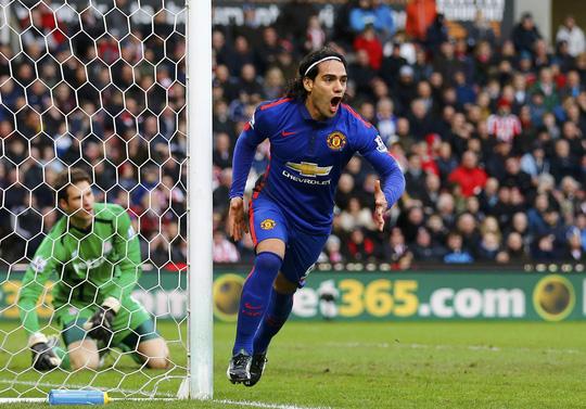 Falcao đã ghi bàn trở lại nhưng M.U vẫn không thắng