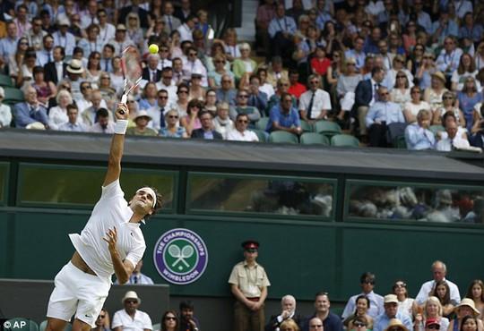 Federer giành chiến tha8n1gthuye61t phục trước Sam Querrey
