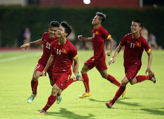 U23 Việt Nam cần trở lại mặt đất sau chiến thắng trước Malaysia
