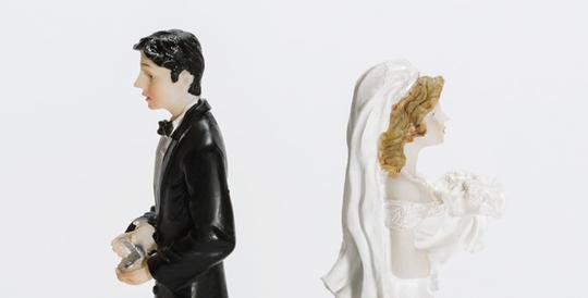 8 nguyên nhân ly hôn kỳ lạ