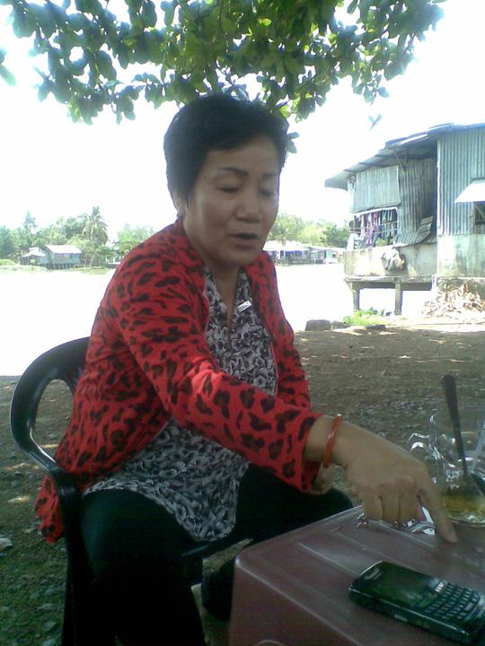 Bà Nguyễn Thị Bích Liên (một người cháu của cụ L.) bức xúc về hành động của ông Nguyễn Thanh T.