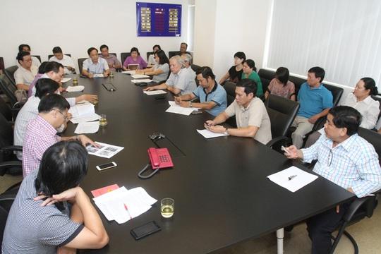 Một buổi họp Hội đồng Biên tập chiều thứ sáu hằng tuần của Báo Người Lao ĐộngẢnh: HOÀNG TRIỀU