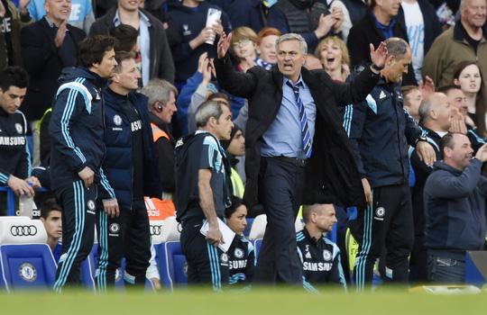 HLV Mourinho cho rằng Chelsea thắng đúng theo kịch bản dựng sẵn!