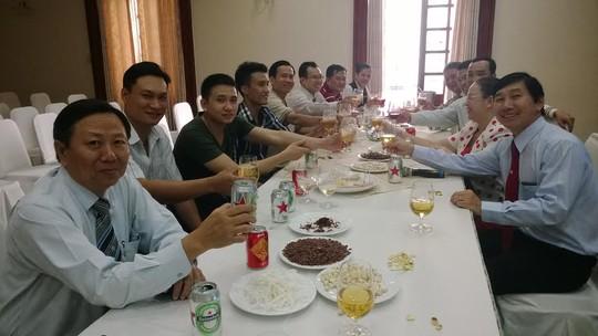 Buổi họp mặt nhân viên không về quê đón tết do ban giám đốc và Công đoàn Khách sạn Continental (quận 1, TP HCM) tổ chức