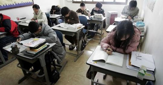 Số vụ tự tử của học sinh Hàn Quốc tăng cao trong thời gian diễn ra kỳ tuyển sinh đại học hàng năm Ảnh: beyondhallyu.com