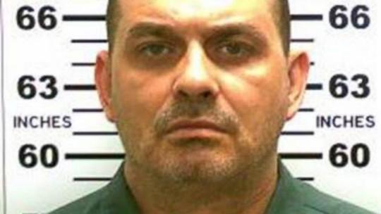 """Vụ vượt ngục """"sốc"""" nhất nước Mỹ: 1 kẻ đào tẩu bị tiêu diệt"""