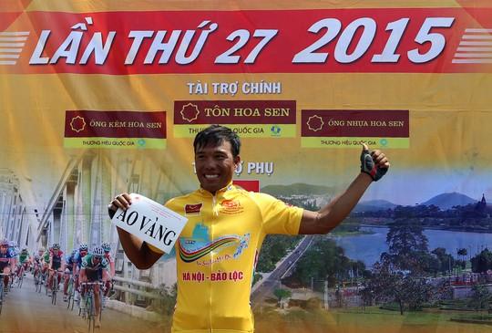 Nguyễn Trường Tài (VUS TP HCM) vẫn giữ vững áo vàng sau 18 chặng đua