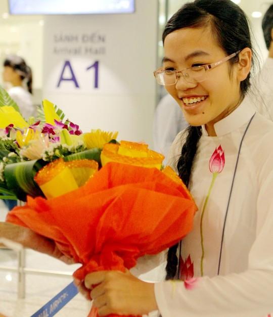 Thảo còi nhận giải đặc biệt cho thí sinh nữ có thành tích cao nhất