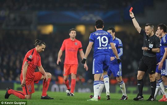 Ibrahimovic nổi điên, gọi cầu thủ Chelsea là trẻ con