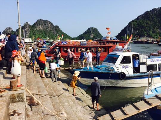 Tàu du lịch từ Vân Đồn đi Cô Tô đã tạm dừng hoạt động
