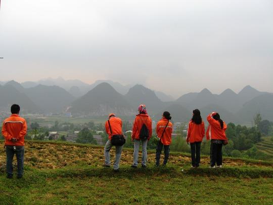 Ngắm núi sớm ở Quản Bạ
