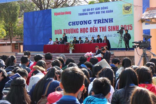 Hơn 1500 học sinh các trường THPT đã có mặt tại chương trình