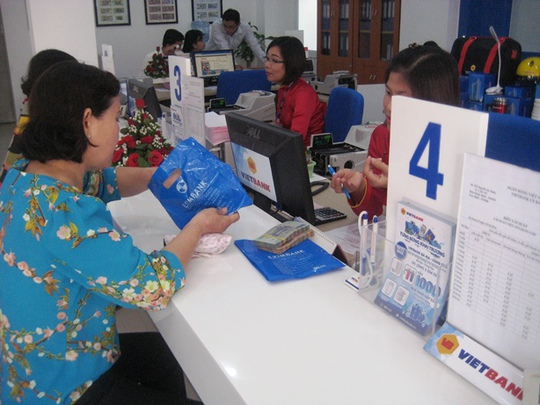 Khách hàng gửi tiết kiệm tại Vietbank Bà Rịa Vũng Tàu