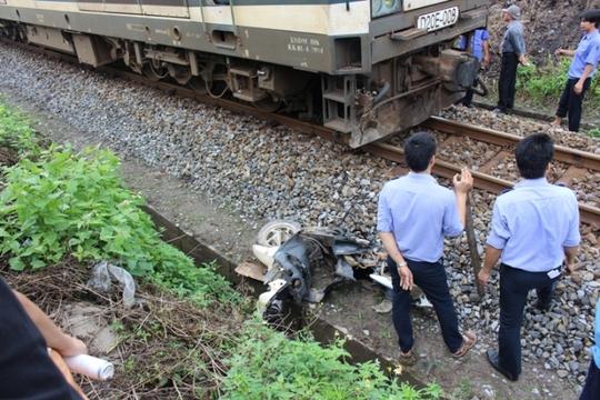 Hiện trường vụ tai nạn đường sắt tại Quảng Trị sáng 28-3