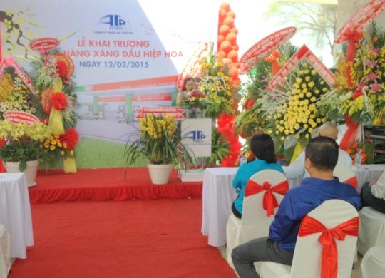Bà Nguyễn Hồng Thảo Nguyên, Phó Giám đốc Công ty An Thái An, phát biểu tại lễ khai trương