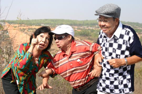 Danh hài Tùng Lâm, Thanh Hoài, Mỹ Chi bộ ba tạo nhiều tiếng cười qua các vở hài trên sân khấu và màn ảnh nhỏ, trong đó có nhiều vai hai ông diễn sở trường..dê