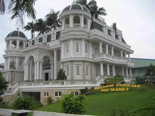 Lâu đài của bị can Khuân trở thành Nhà hàng- Khách sạn Sóc Trăng 2 sau khi được một ngân hàng tiếp quản