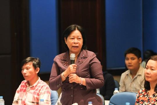 Bà Phan Thị Lan, Chủ tịch LĐLĐ quận 6, TP HCM, phát biểu tri ân chương trỉnh