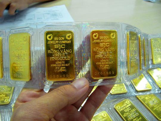 Dư nợ cho vay bằng vàng trên địa bàn TP HCM còn 36.575 lượng, tương đương khoảng 1.300 tỉ đồng.