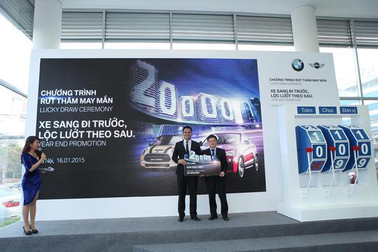 """Euro Auto công bố danh sách khách hàng trúng thưởng chương trình """"Xe sang đi trước - Lộc lướt theo sau"""""""
