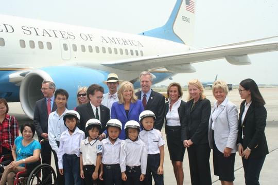 Việt Nam là điểm dừng chân thứ 2 của bà Biden trong chuyến công du Châu Á. Hàn Quốc trong chặng dừng chân đầu tiên của chuyến thăm 4 nước châu Á. Trước đó, bà thăm Hàn Quốc. Sau Việt Nam sẽ là Lào và Nhật Bản