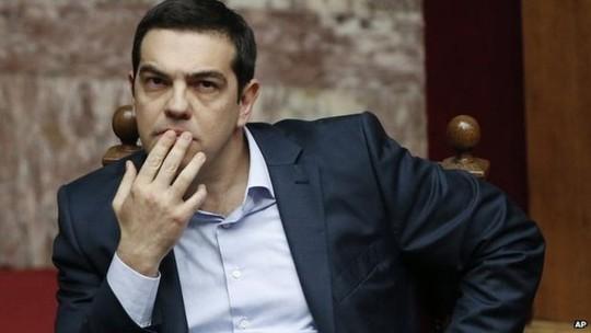 Thủ tướng Hy Lạp Alexis Tsipras đến Nga với nỗ lực tìm kiếm sự trợ giúp. Ảnh: AP