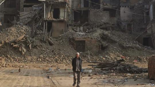 Nạn nhân động đất Nepal bị cộng đồng quốc tế bỏ rơi?