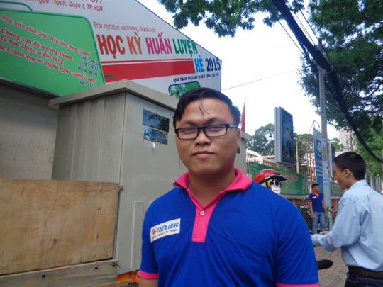 Tình nguyện viên Nguyễn Thanh Hùng - đội khảo sát nhà trọ chương trình Tiếp sức mùa thi lần thứ 5