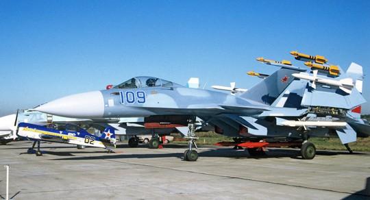 Su-33 carrier-based jet fighter