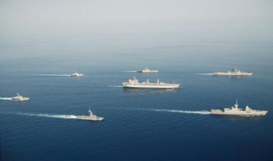 http://indiannavy.nic.in/sites/default/files/naval_ships_in_formation.JPG