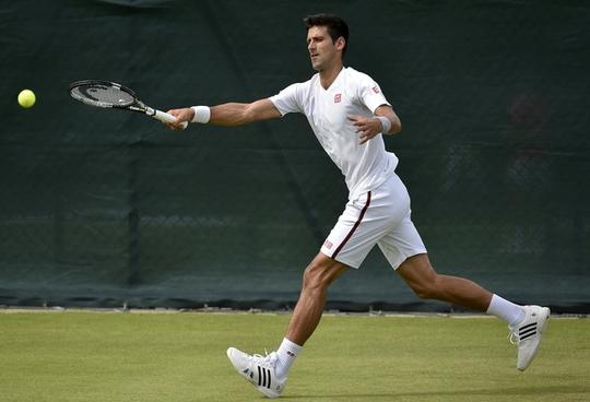 Tay vợt số 1 Djokovic chuẩn bị cho trận mở màn Wimbledon 2015