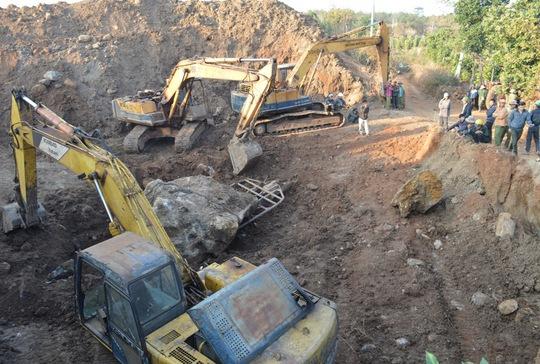 Vẫn chưa giám định hòn đá bán quý ở Đắk Nông