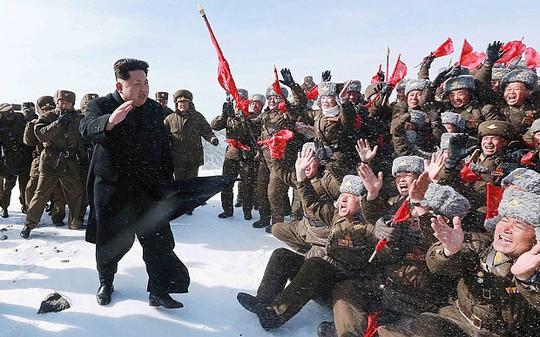 Không được đối xử đặc biệt, vị thế của ông Kim sẽ bị xấu đi trong mắt người dân Triều Tiên. Ảnh: Telegraph