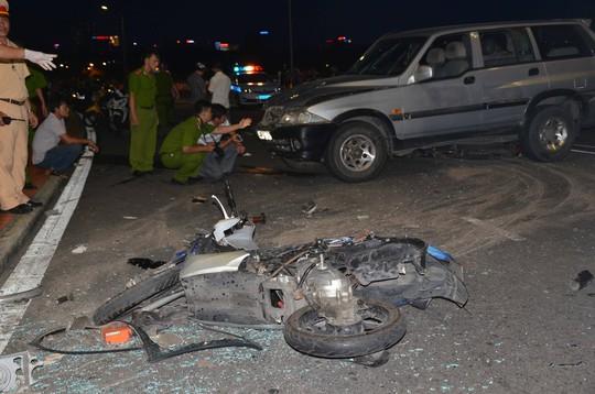 Hiện trường vụ tai nạn trên cầu Thuận Phước chiều 13-7 làm 3 người tử vong